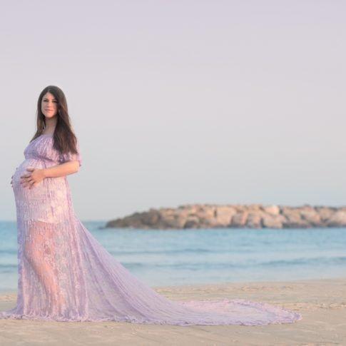 יעל בצילום הריון בים