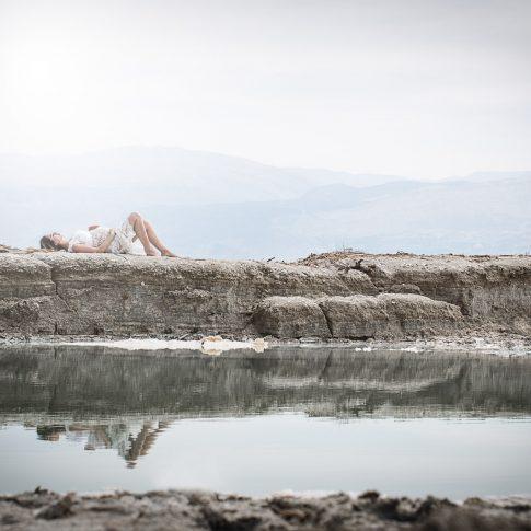 צילום הריון בהפקה יחודית בים המלח