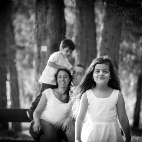 צילומי משפחה והריון בשחור לבן