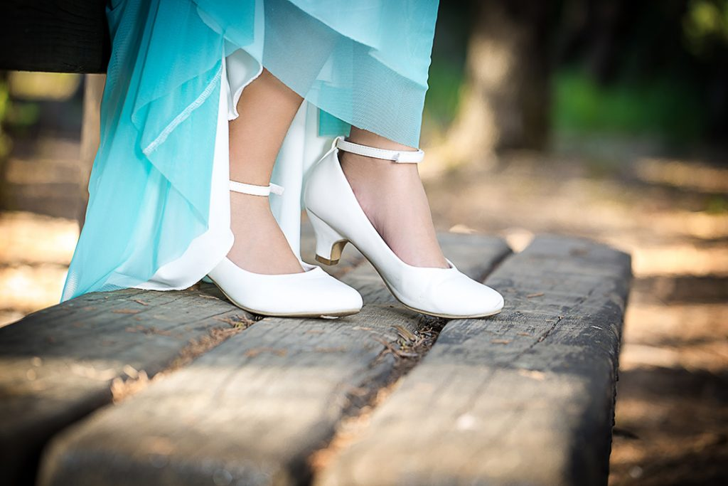 בוק בת מצווה דניאל צידוני נעליים
