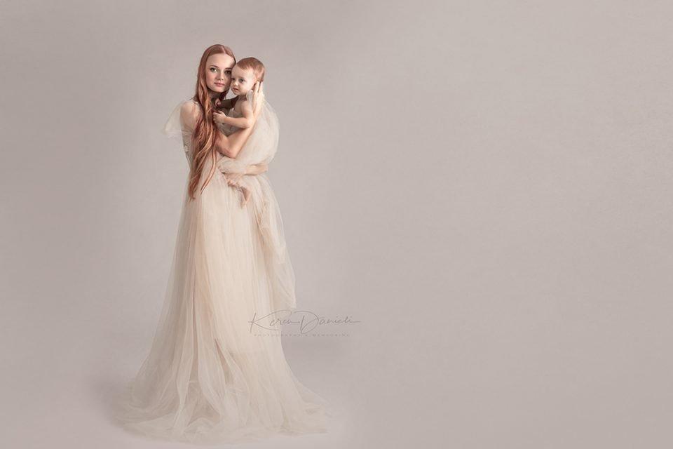 צילומי אמא ובת בסטודיו בקונספט יחודי